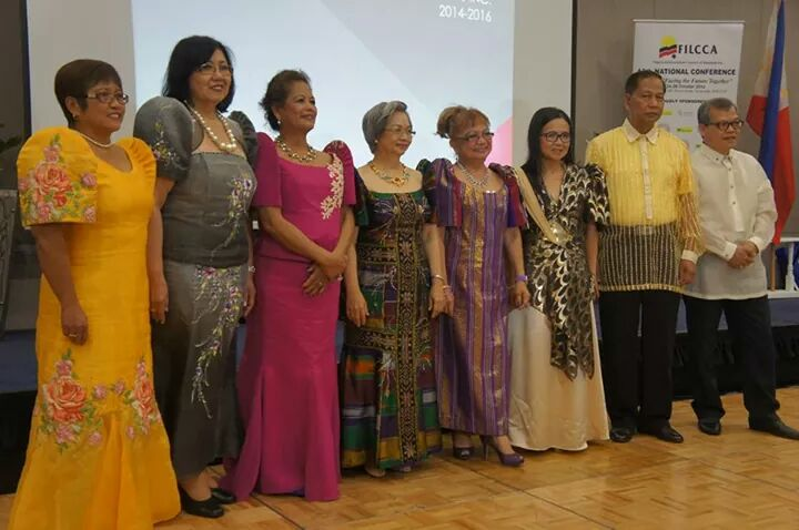 FILCCA Officers with then Philippine Ambassador to Australia Belen Anota (third from left).