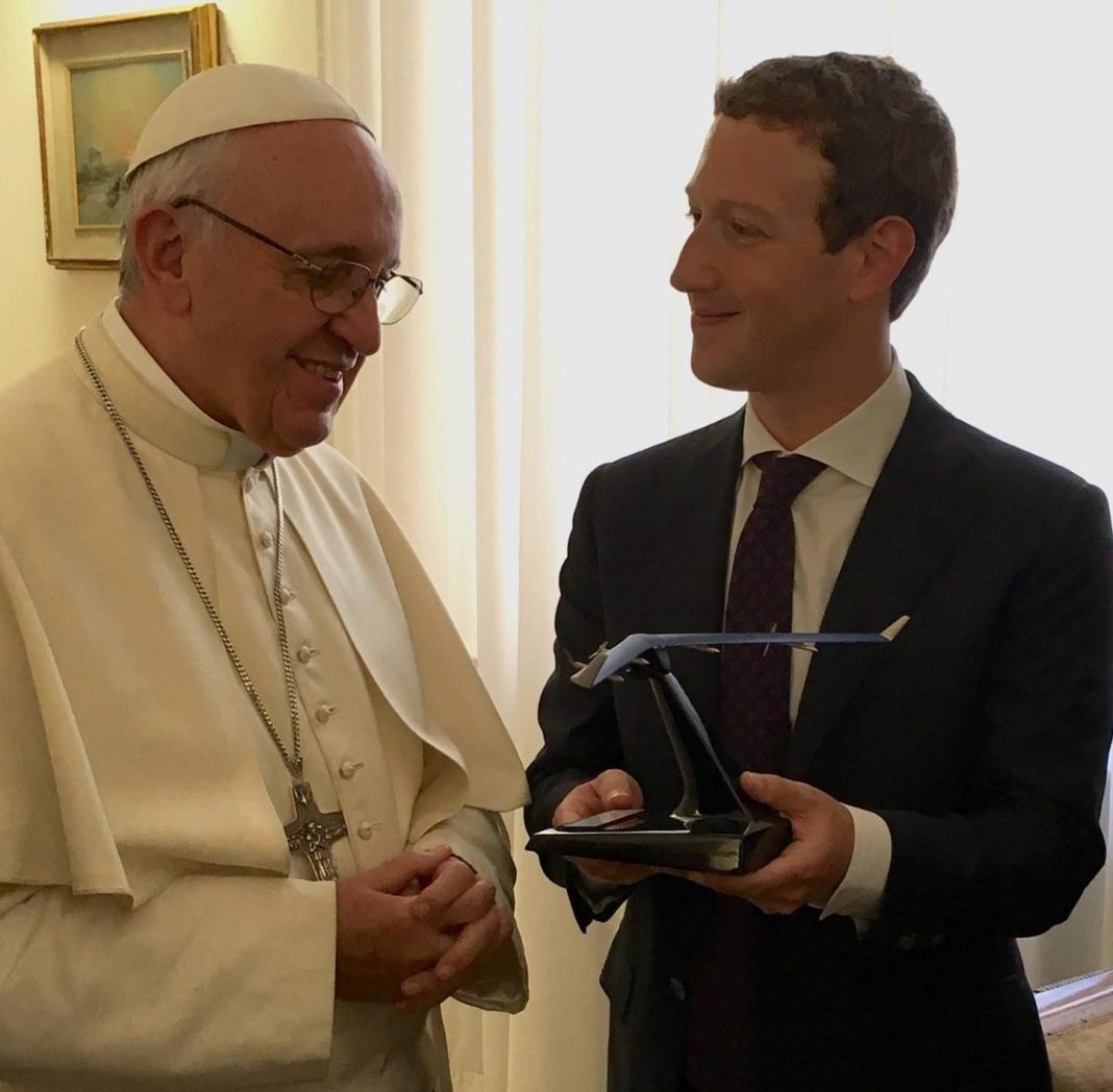 Pope Francis and Mark Zuckerberg | Photo: Facebook