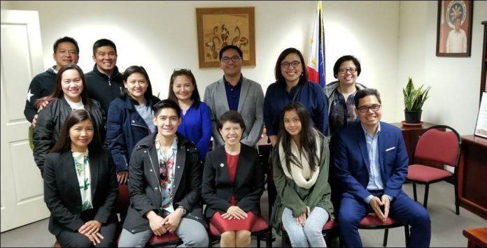 """At the ABS-CBN """"ASAP Live in Sydney"""" courtesy call on Philippine Consul General of Sydney Maria Teresa L. Taguiang are, seated from left, Consul Melanie Rita Balisi Diano, Robi Domingo, ConGen Taguiang, Ylona Garcia, and Consul Emmanuel Donato K. Guzman. Standing from left, second row, are ABS-CBN Global Events Operations Head Geraldine Bisquera, ASAP Executive Producer Apple Salas-Segubience, ASAP Business Unit Head Joyce Liquicia, ABS-CBN Global Head of Events Ricky Resurreccion, ABS-CBN Asia Pacific Regional Marketing Head and concurrent Country Manager for South Asia Maribel Hernaez and ABS-CBN Global Head of Corporate Affairs & PR Nerissa Fernandez. Standing from left, third row, are Peter Garcia (Ylona's father) and ABS-CBN Australia Country Manager Jay Santos. (Photo by Ryan Neri/ABS-CBN Corporation)"""